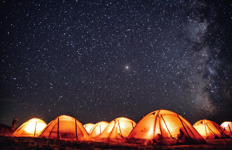 星空下的宿营